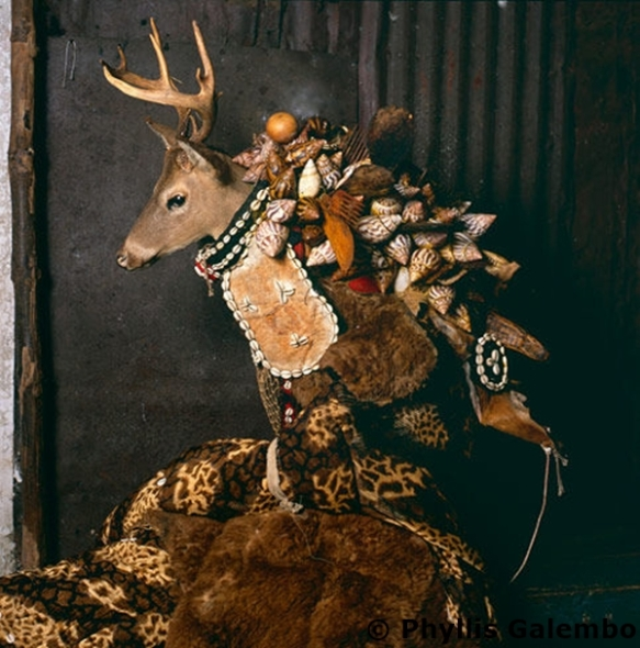 Ogborone from the book MASKE - art photos  © Phyllis Galembo