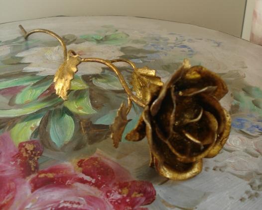 vintage_italian_antique_gold_metal_tole_rose_w_long_stem